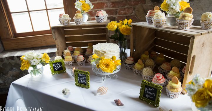 savannah wedding dessert table